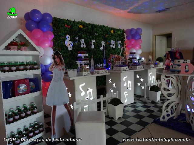 Violetta - Mesa decorativa provençal com muro inglês  tema Violetta para festa de aniversário feminino