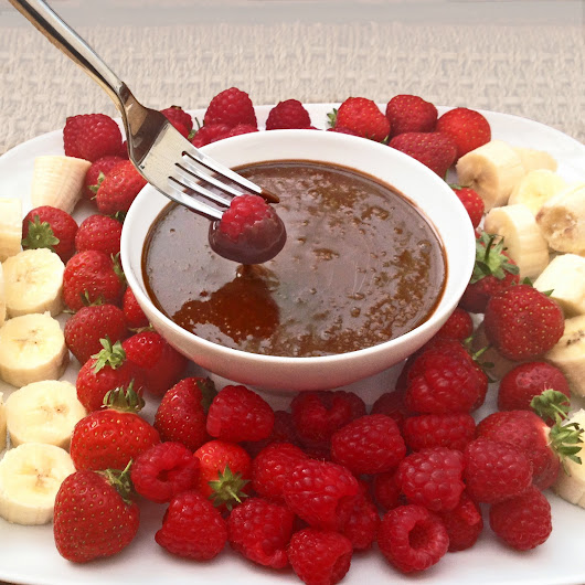 Barbecue Dessert Idea - Chocolate Fondue