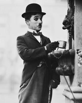 """Чарли Чаплин в """"Огнях большого города"""""""