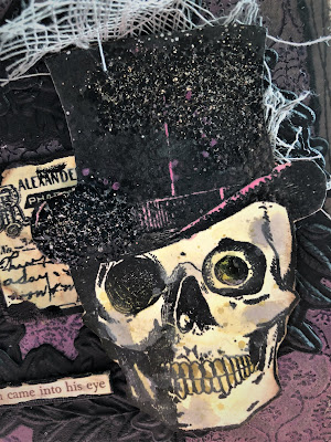 Sara Emily Barker https://sarascloset1.blogspot.com/2018/10/a-gleam-in-his-eye.html A Gleam In His Eye Tim Holtz Stampers Anonymous Sizzix Alterations Halloween Card 4