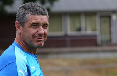 Ο παλαίμαχος διεθνής ποδοσφαιριστής και εκπαιδευτής UEFA/ΕΠΟ κ. Γιάννης Βονόρτας στο Δημοτικό Σχολείο Παραποτάμου
