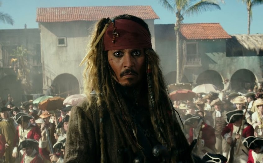 """Trailer inédito de """"Piratas do Caribe 5"""" apresenta motivações do vilão e um jovem Jack Sparrow"""