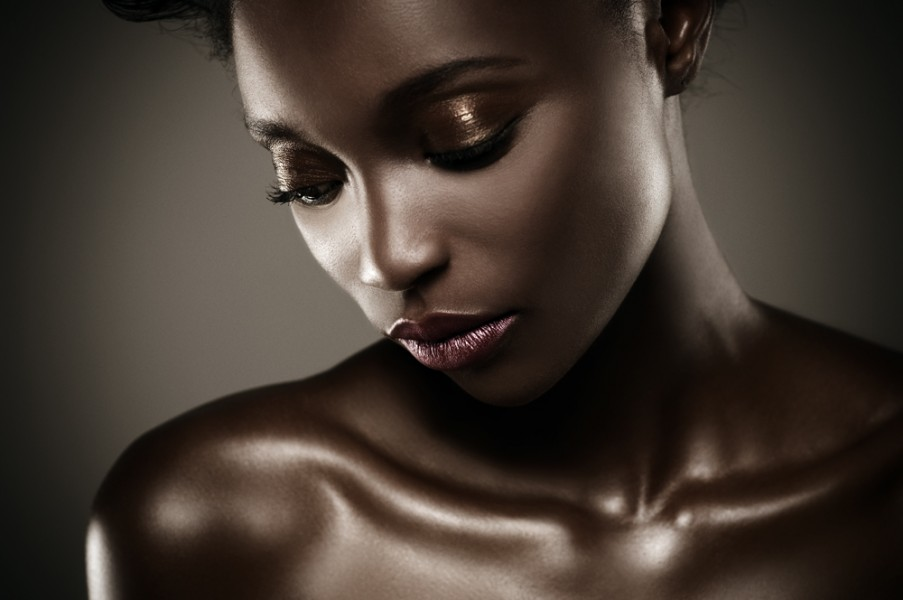 نتيجة بحث الصور عن Glowing dark skin