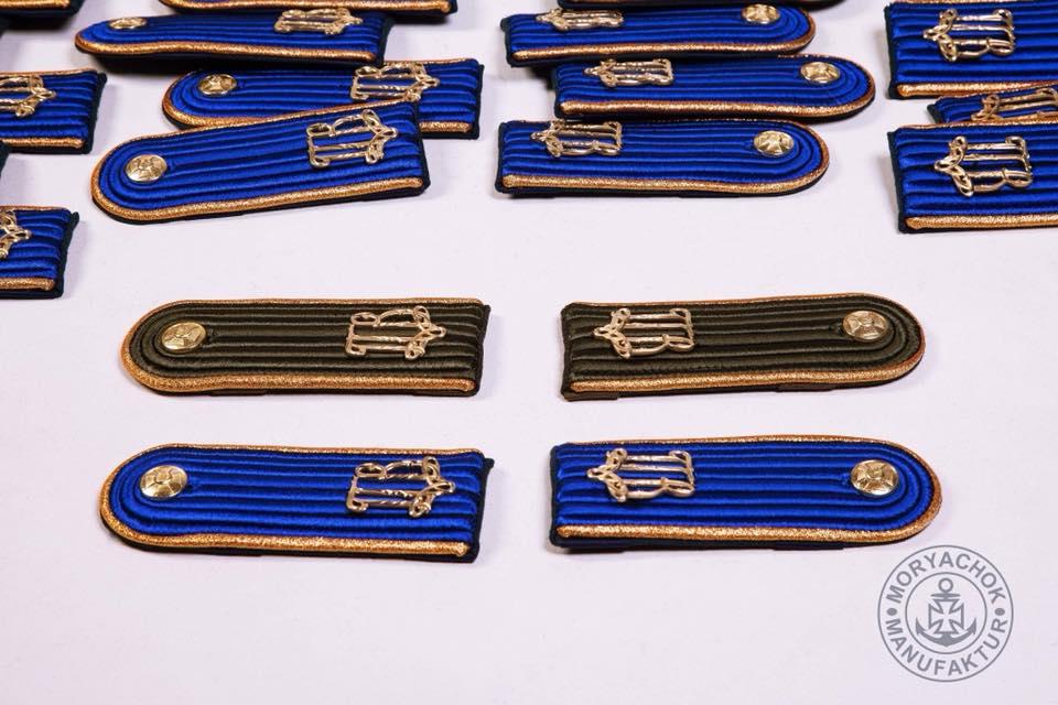 фото солдатських погонів роти почесної варти