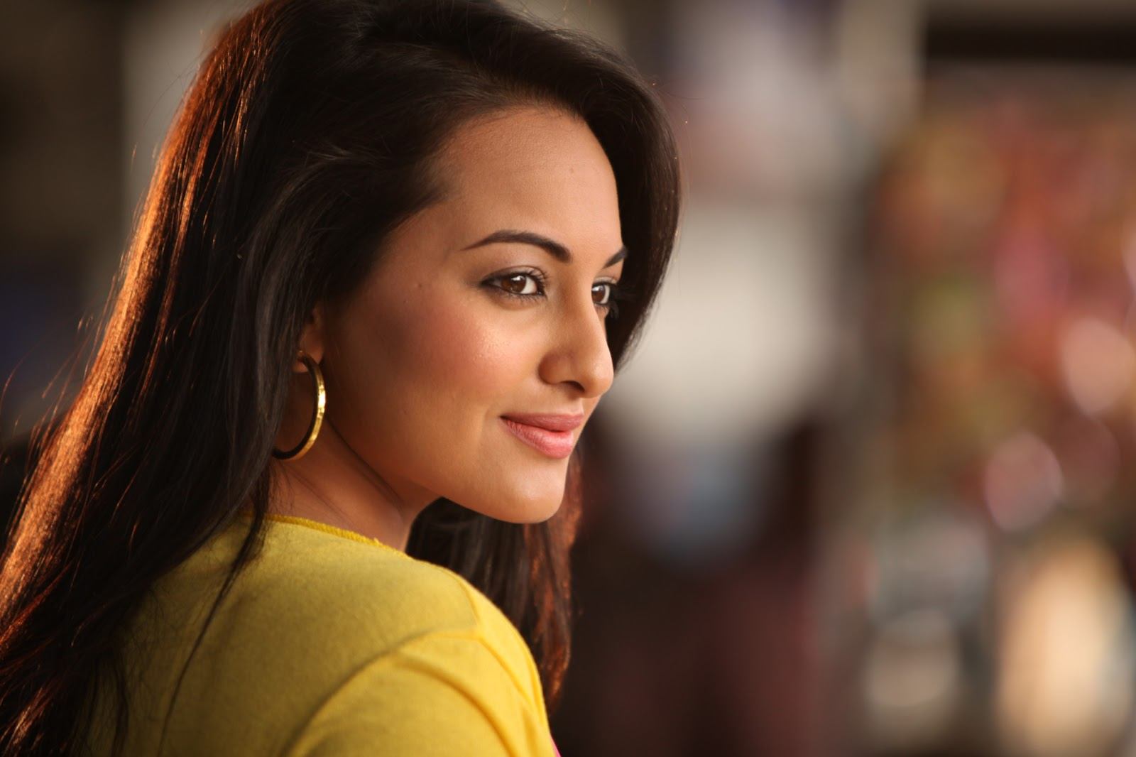 Latest Bollywood Actresses: Bollywood Actress: Latest Image Of Sonakshi Sinha