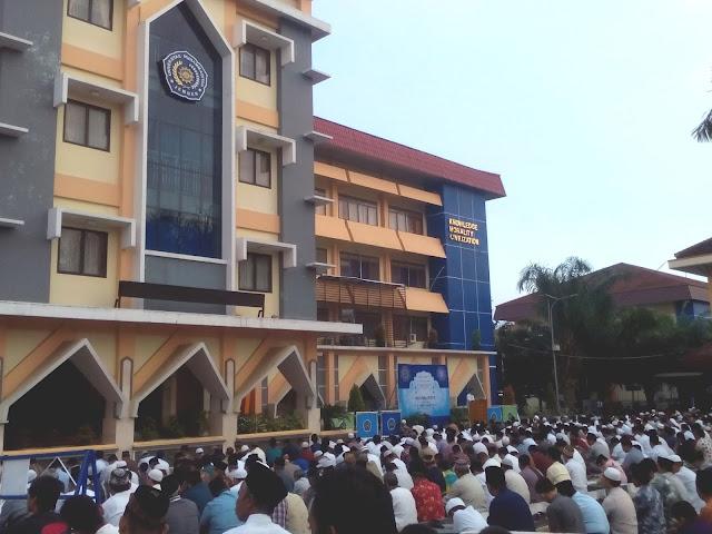 Khutbah Idul Adha, Pemenang Sejati Adalah Terbebas Dari Sifat Kikir
