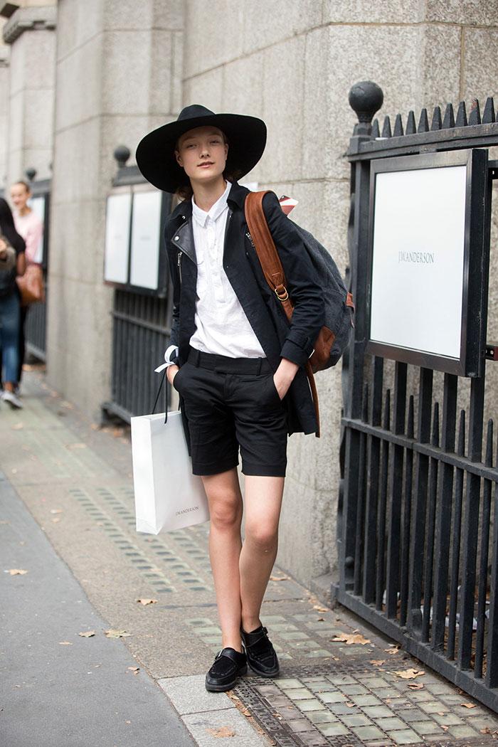 Street Style: Yumi Lambert's Androgynous Monochrome Look ...