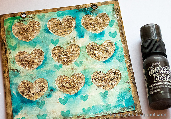 Layers of ink - Mixed Media Heart Windows Tutorial by Anna-Karin Evaldsson.