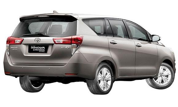 Hire Innova car in Delhi