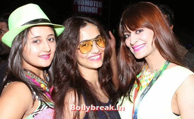 Rashmi Desai With Candy Brar, Goa Party Pics 2013, Goa Sunburn Festival Pics 2013