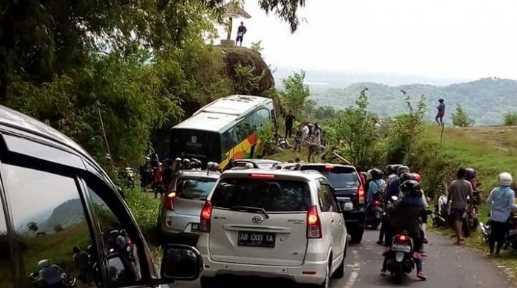 Berita Bahasa Jawa 2017 Tentang Kecelakaan