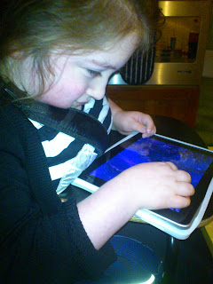 Smiley and the iPad : Our Favourite Apps