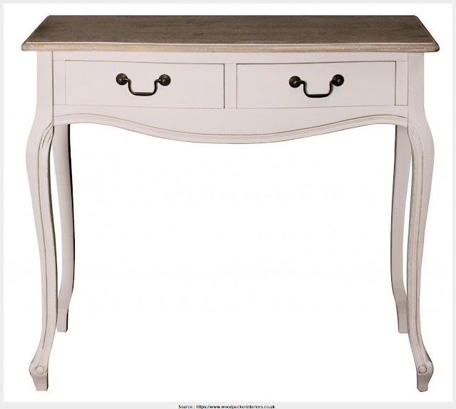 Shabby Chic Console Table Wallpaper