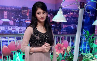 Puja Cherry Roy Studio Photos