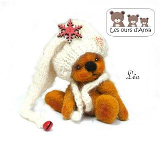 Ours de décoration avec bonnet blanc les ours d'Anya