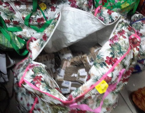 N448M Raw Cash Stashed In Bags Discovered In Lagos Plaza By EFCC