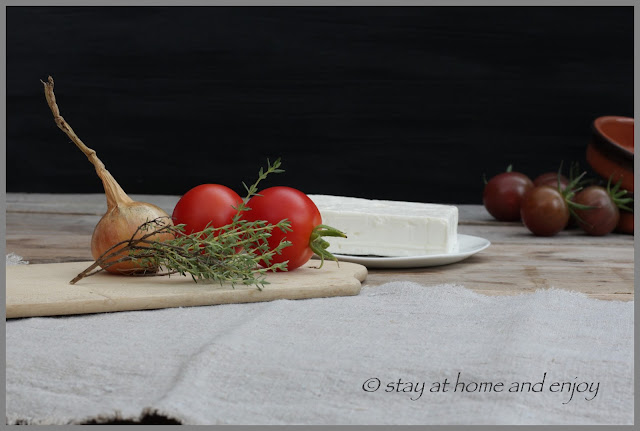 Gebackener Schafskäse - stay at home and enjoy