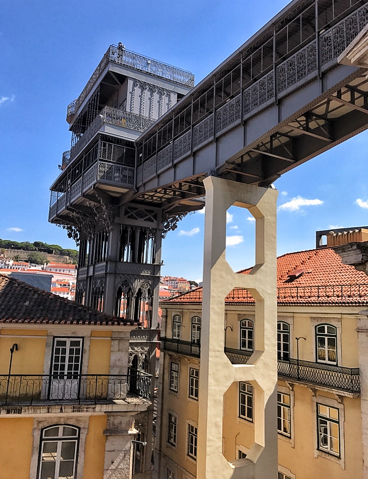 side view of Lisbon's Santa Justa Lift