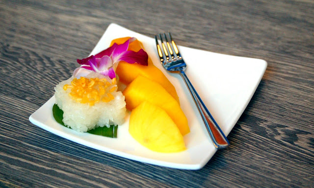 D.Bistro restaurant Chiang Mai mango sticky rice