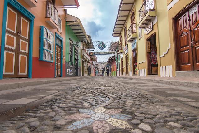 Calle Lourdes, Loja, Ecuador