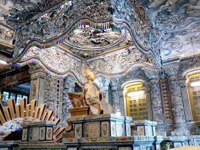 カイディン帝の墓所