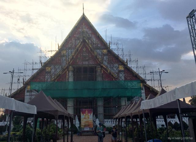 Visiter Ayutthaya VIHARN PHRA MONGKOL BOPHIT
