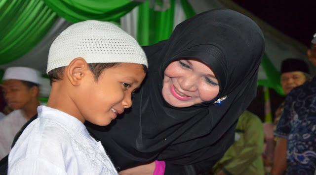 """100 Penghafal Al-Qur'an Diwisuda, Banda Aceh Luncurkan """"One Day One Ayat"""""""