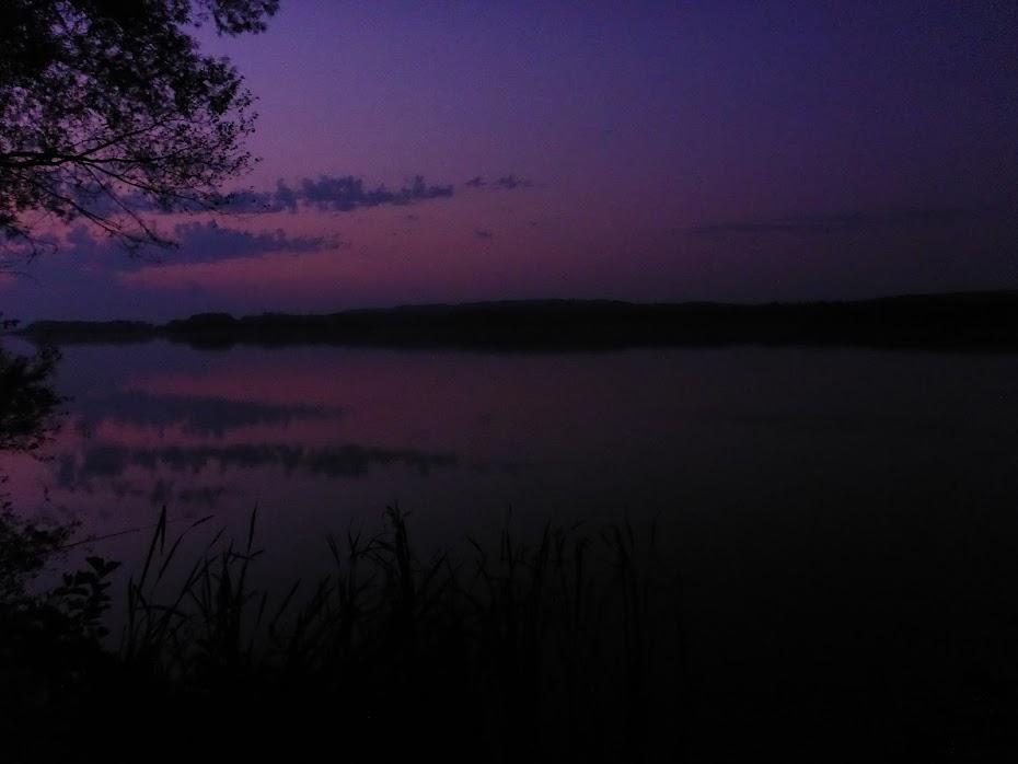 Озеро, ночь