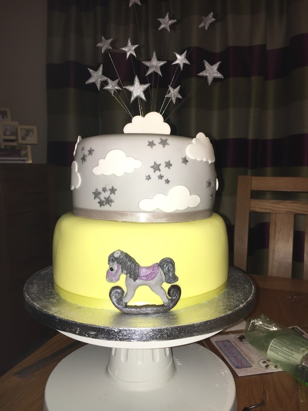 Eat Cakes by Susan