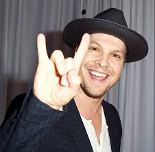 Gavin DeGraw lança clipe de She Sets The City On Fire