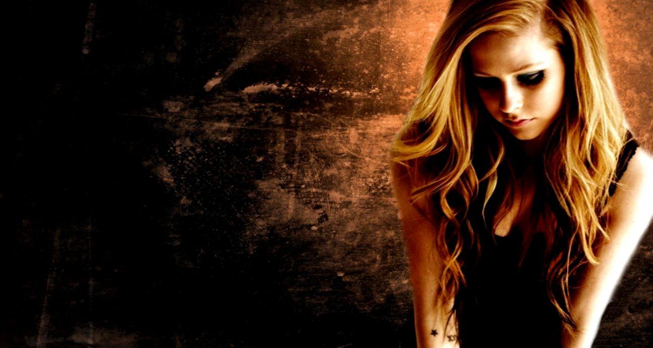 Avril Lavigne Hd Desktop Wallpapers King