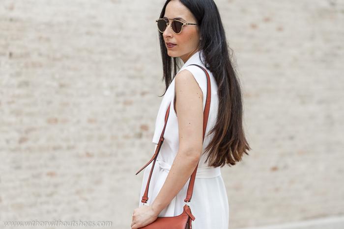 Influencer Bloguera Valencia moda lifestyle con outfits estilismos otoño con ropa