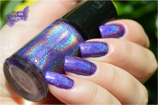 Esmalte Nailpolish Ulta Violet Pantone