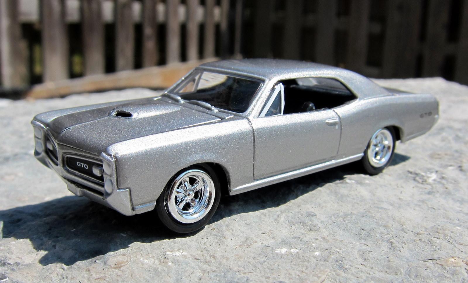 1966 Pontiac GTO SILVER *** JOHNNY LIGHTNING Forever 1:64 RAR