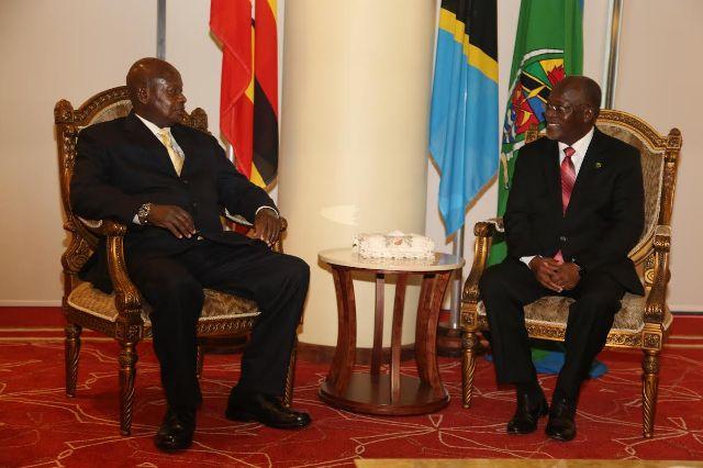 Rais Magufuli na Museveni Wakubaliana Kutosaini Mkataba wa EPA