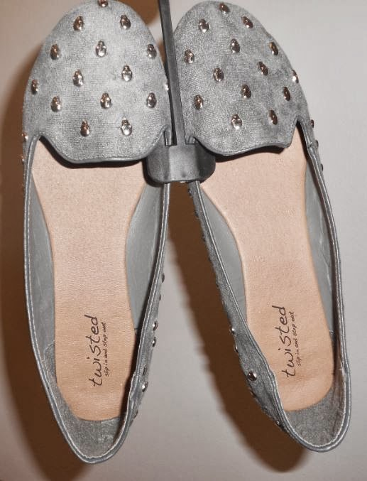 09092f089 I have another review from the fantastic line of Twisted Shoes for you.  These Skull Studded Loafers are a ...