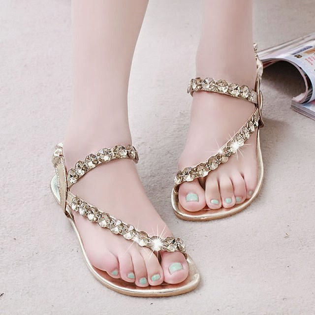 stylish collection of flat sandals for girls from summer