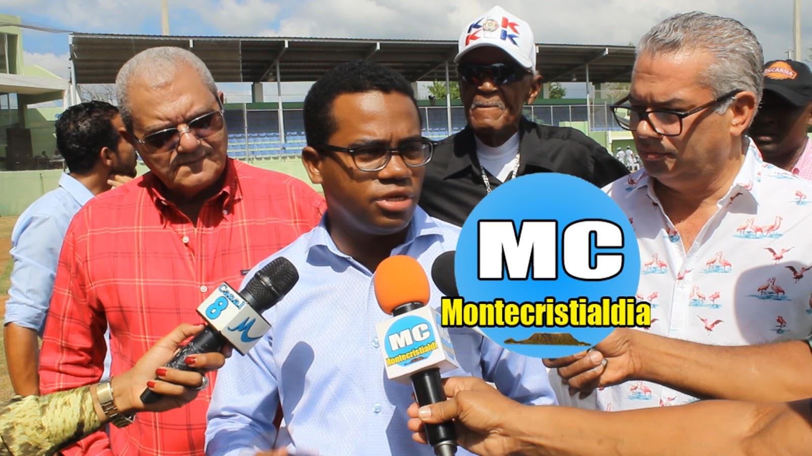 INCLUYE VIDEO ...Vice ministro de Agricultura lanza primera bola y ... e7ebea2dbcc