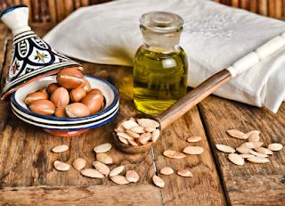 Unti e Bisunti Gli Oli Vegetali Parte Uno  olio di argan