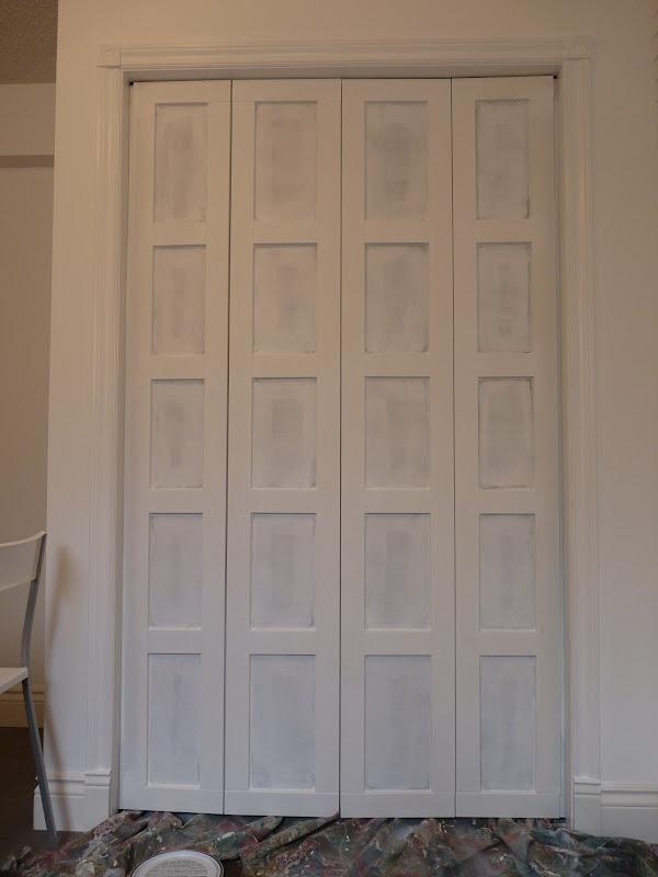 D I Y D E S I G N Bi Fold Closet Door Makeover