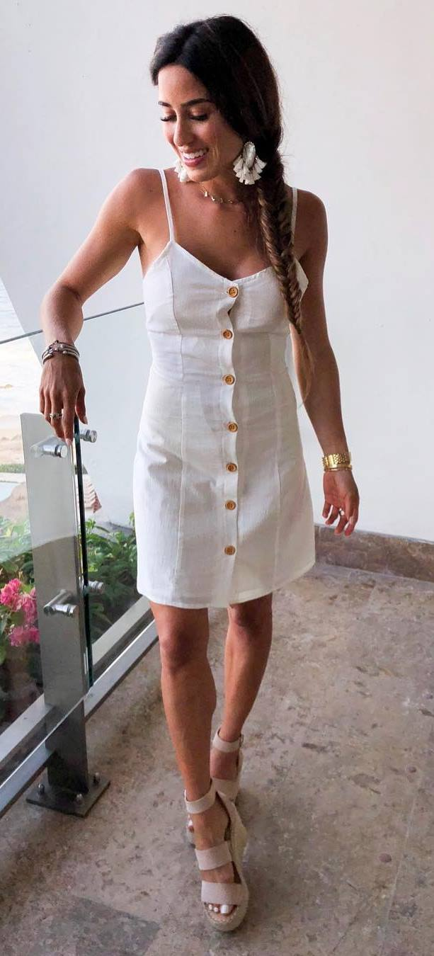 simple summer outfit idea / white dress and sandals