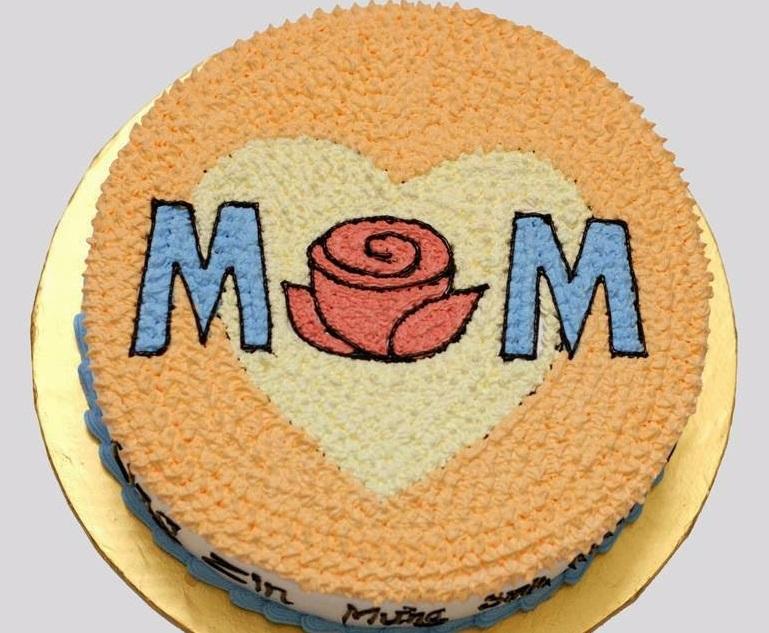 bánh kem sinh nhật tặng mẹ - để hoàn hảo, cần những gì?