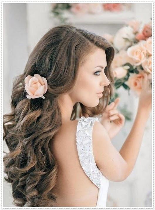 Brautfrisuren für lockiges Haar 2015
