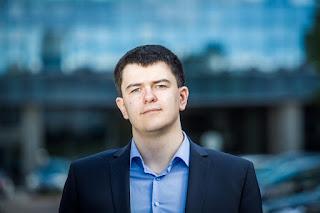 "Vytautas Sinica. ""Politikai prievartauja Konstituciją"""
