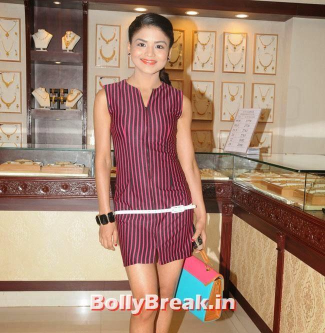 Rashmi Pitre, Hrishita Bhatt at Satyam Shivam Sundaram Jewellery Launch