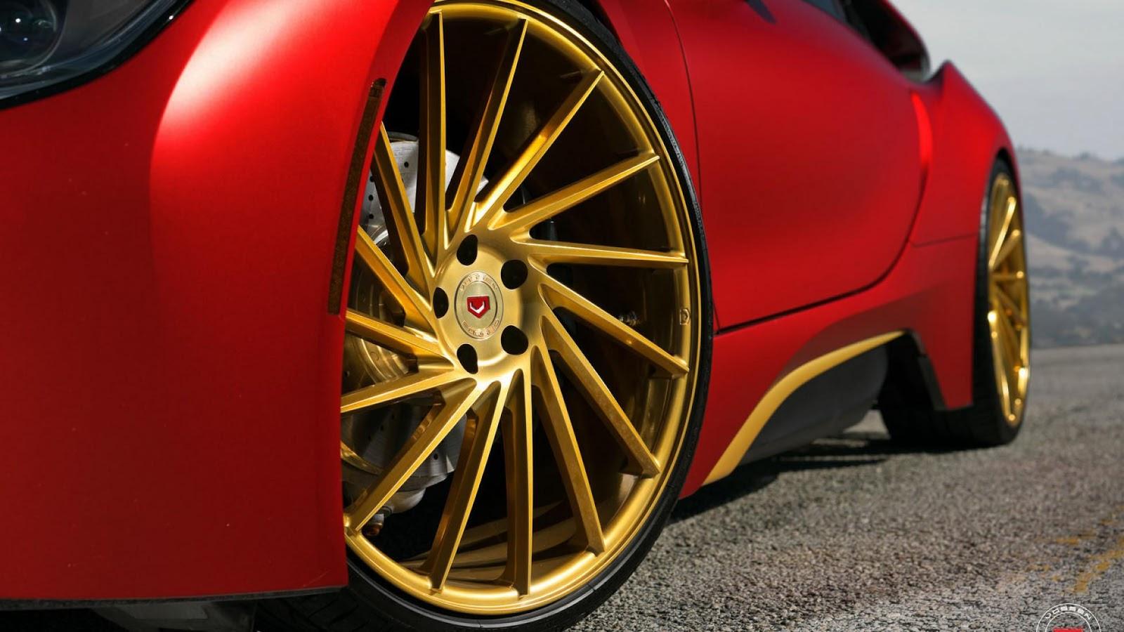 Hoa mắt với bản độ Iron Man mạ vàng của BMW i8