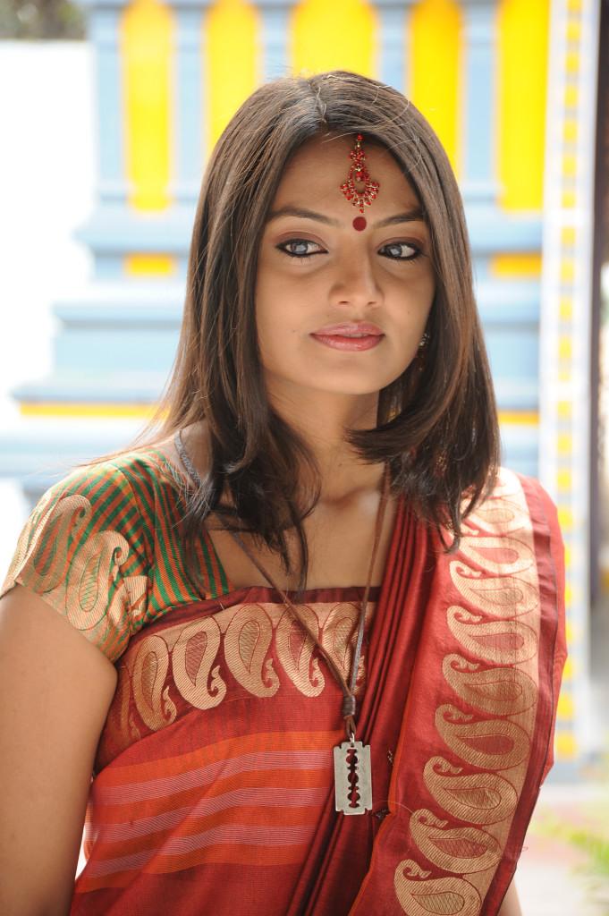 hot wifey saree Nikitha narayan latest photos stills gallery