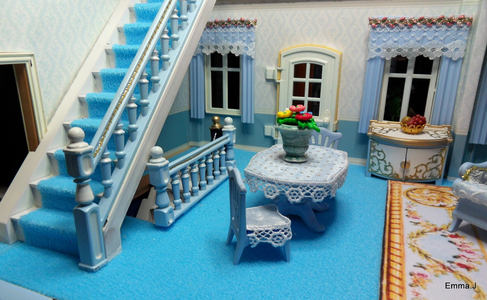 Blue mansion emma j 39 s playmobil for Playmobil living room 4282