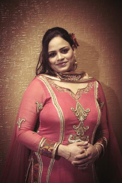 Cute Punjabi Beautiful Girls Pics  Englandiya