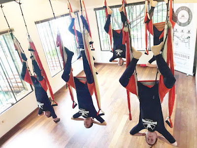 yoga aerien, aeroyoga, fly , flying, fitness, mise en forme, pilates, yoga, teacher training, enseignants, stage, formation professionelle, sante, wellness, bienetre, trapeze, rafael martinez